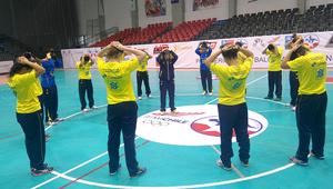 Seleção faz reconhecimento da quadra no Chile. (foto divulgação do evento)