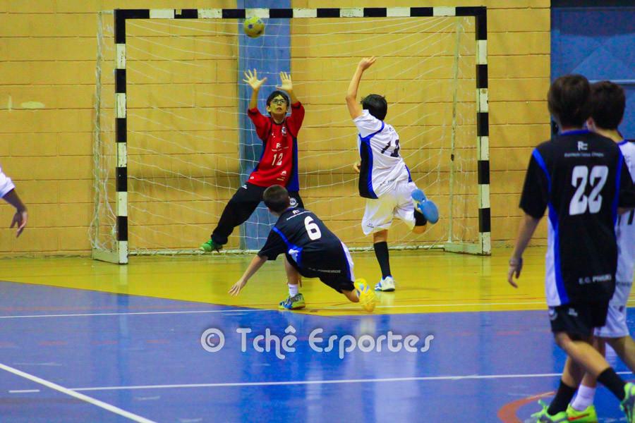 EC Pinheiros A vs EC Pinheiros B, categoria Mirim Masculino. (foto André Pereira / Tchê Esportes)