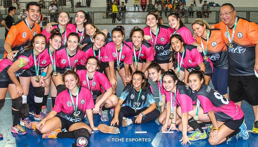 Campeã CADETE / Handebol 360. (foto André Pereira / Tchê Esportes)