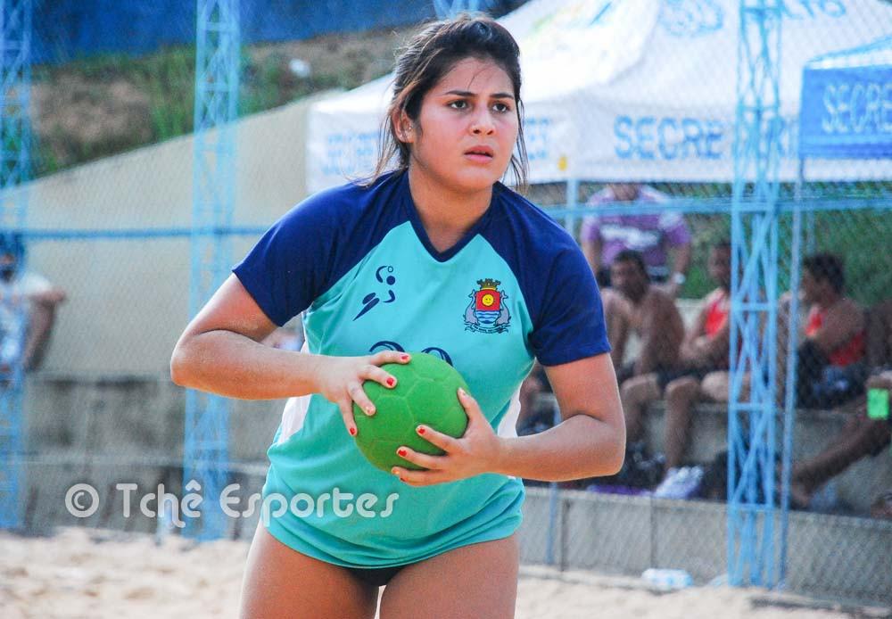 Paola, Guarujá, com 19 gols. (foto André Pereira / Tchê Esportes)