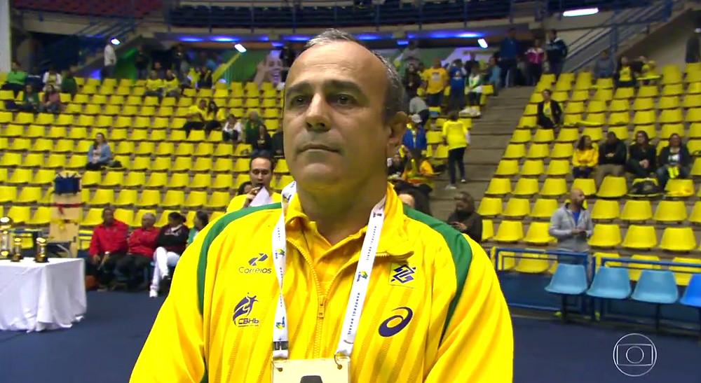 Graciano, técnico interino da Seleção Brasileira de Handebol. (foto reprodução TV Globo)