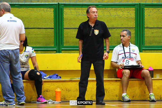 Gomes, delegado da FPHb. (foto André Pereira / Tchê Esportes)