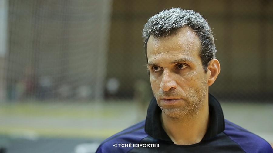 Jabur, técnico do Ribeirão Preto. (foto reprodução Agno Raiz / Tchê Esportes)