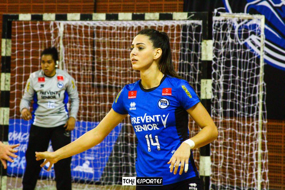 Ana Claudia, ponta do EC Pinheiros. (arquivo Tchê Esportes)