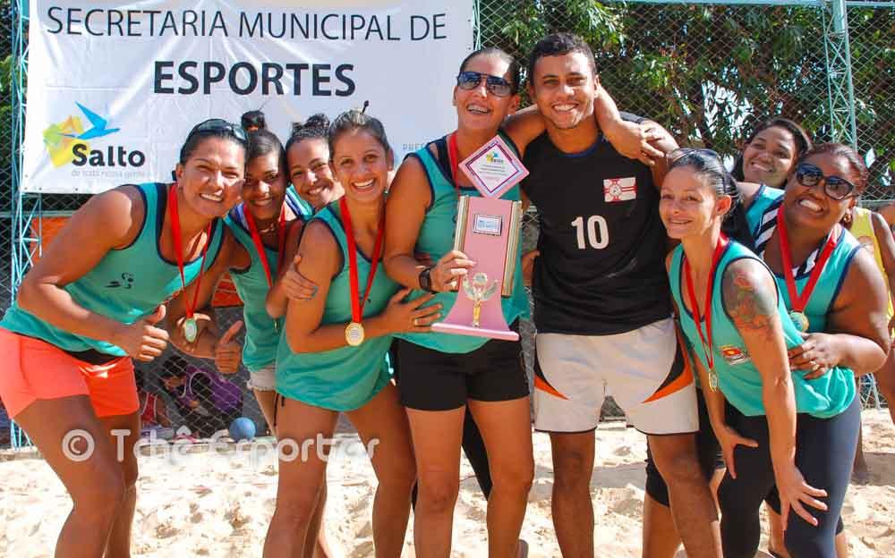 Guarujá B é campeã da 2ª etapa de Beach Hand  da LPHb (foto André Pereira / Tchê Esportes)