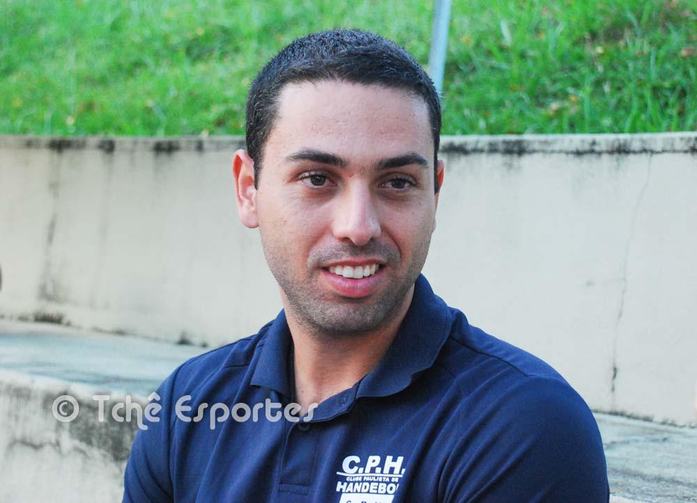 Marcus Vinicius, técnico da CPH Praia Grande. (foto André Pereira / Tchê Esportes)