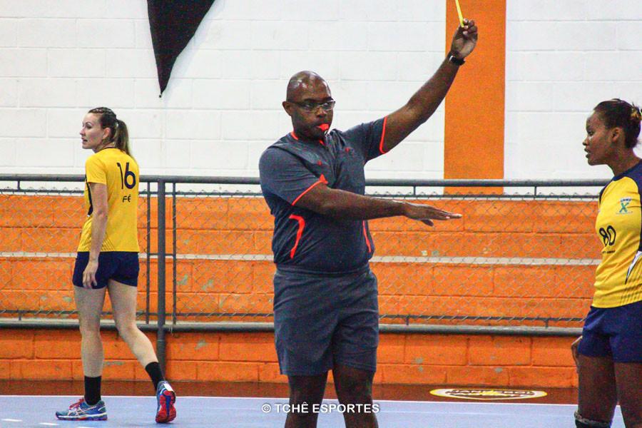 Francisco Rosa, árbitro. (foto André Pereira / Tchê Esportes)