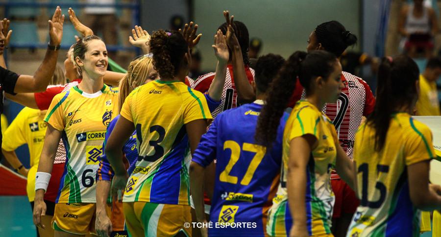 Célia Coppi no amistoso da Seleção contra a República Dominicana em 2014. (foto arquivo Tchê Esportes)