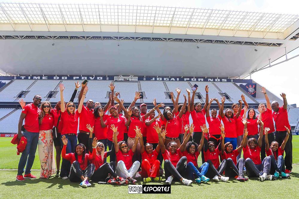 Seleção de Camarões visita a Arena Corinthians.  (foto André / Tchê Esportes)