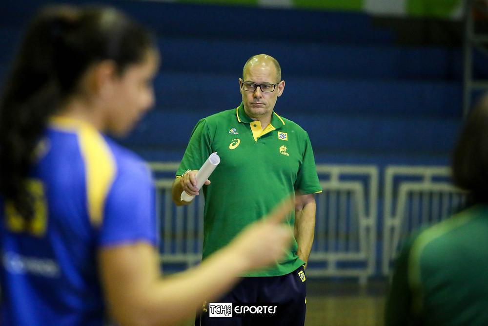 Morten Souback, ex-técnico da Seleção Brasileira Feminina de Handebol. (foto arquivo Tchê Esportes)