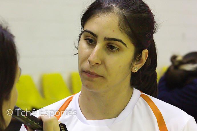 Renata Hernandes, técnica de Osasco (foto André Pereira / Tchê Esportes)