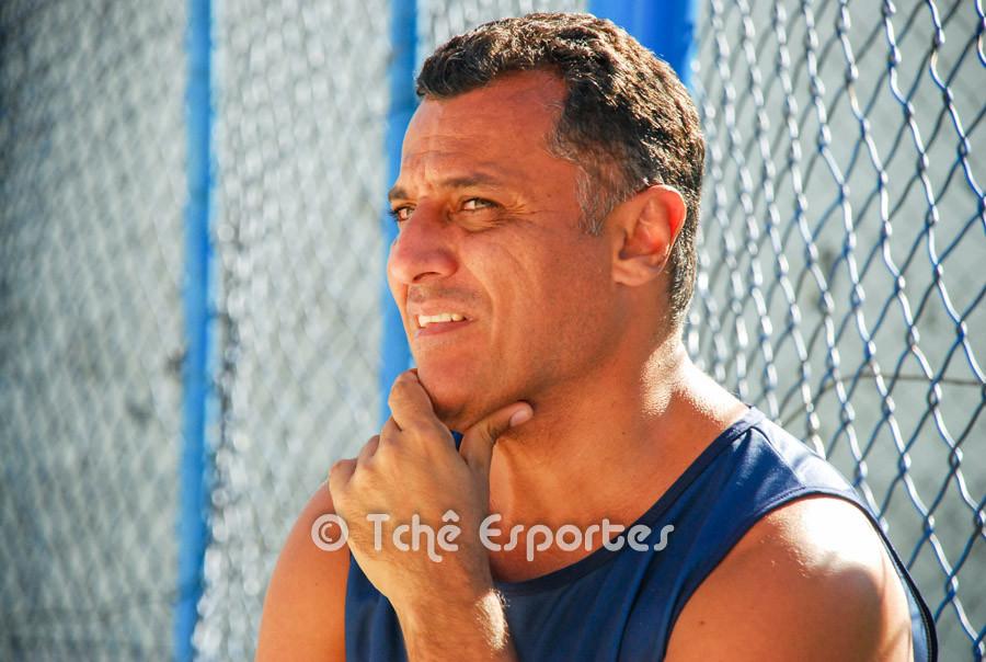 Alexandre Granado, treinador de Futevôlei. (foto André Pereira / Tchê Esportes)