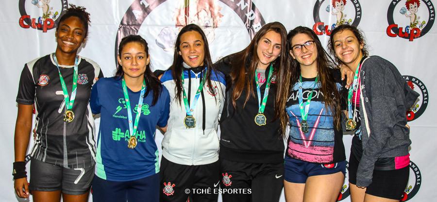 Seleção Cadete Feminino do campeonato. (foto André Pereira / Tchê Esportes)