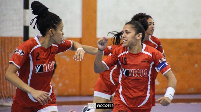 Bruna e Fran, do Guarulhos. (foto arquivo Tchê Esportes)