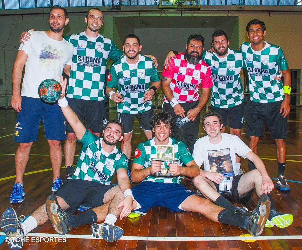 Time do Mário Oliveira, campeão do Torneio. (foto André Pereira / Tchê Esportes)