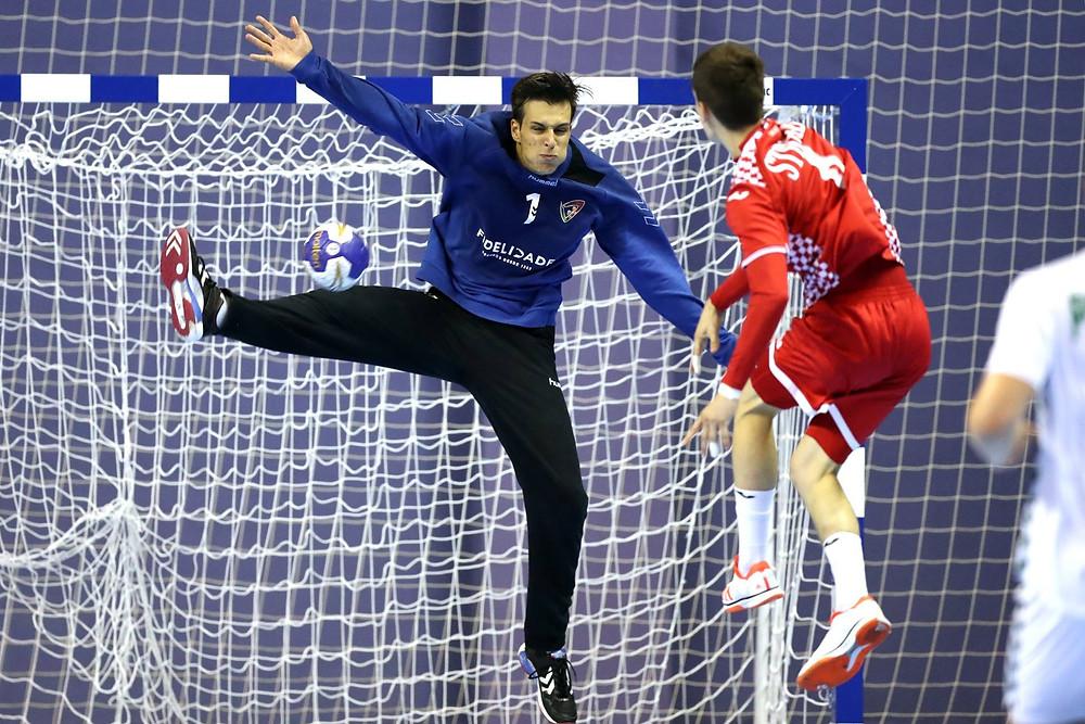 Valério, goleiro de Portugal, um dos destaques da equipe luso. (foto divulgação IHF)