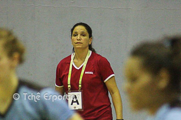 Meg Conte, técnica de Guarulhos (foto André Pereira / Tchê Esportes)
