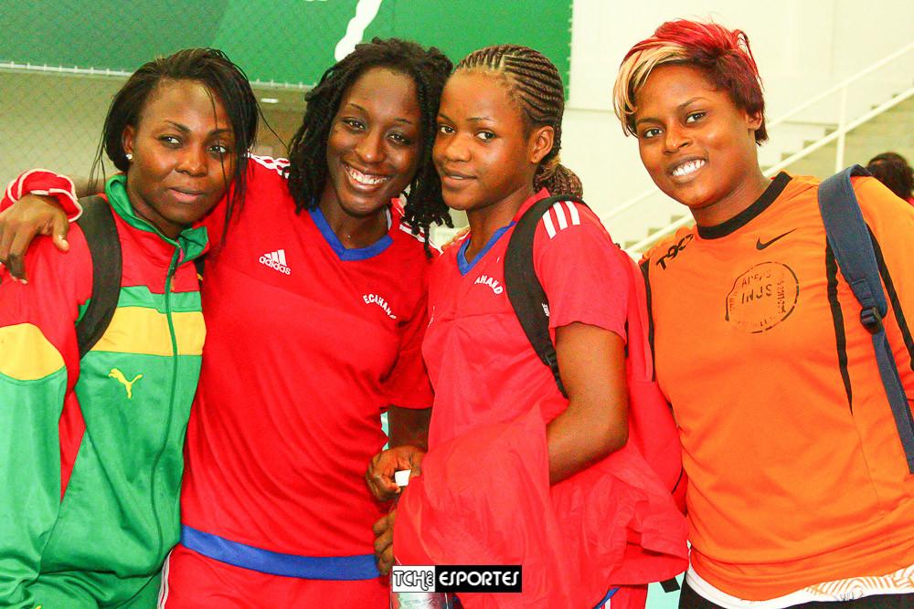 Seleção de Handebol de Camarões conhece o jeitinho brasileiro  (foto André Pereira / Tchê Esportes)