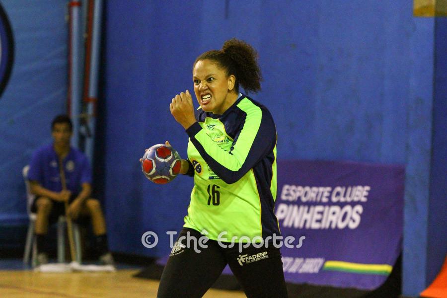Carla Ferraz, goleira do São José. (foto arquivo Tchê Esportes)