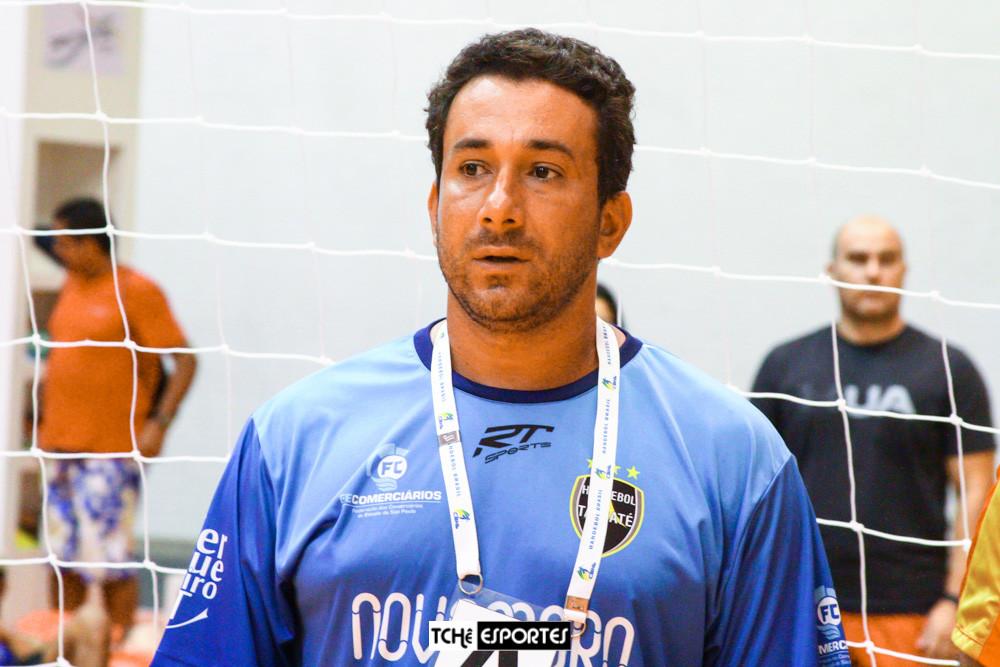 Marcus Tatá, técnico do handebol masculino de Taubaté. (foto arquivo Tchê Esportes)