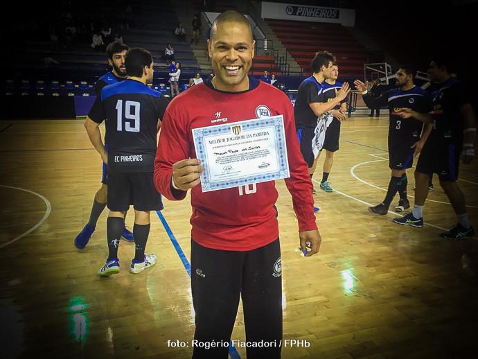Marcão, goleiro do Ec Pinheiros.  (foto Rogério Fiacadori /FPHb)