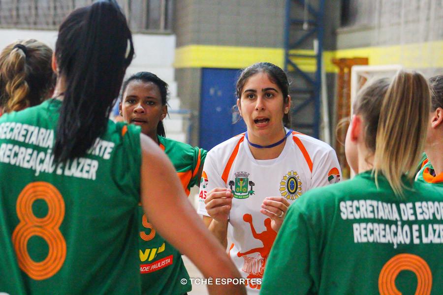 Renata Hernandes, técnica do Osasco. (foto arquivo Tchê Esportes)
