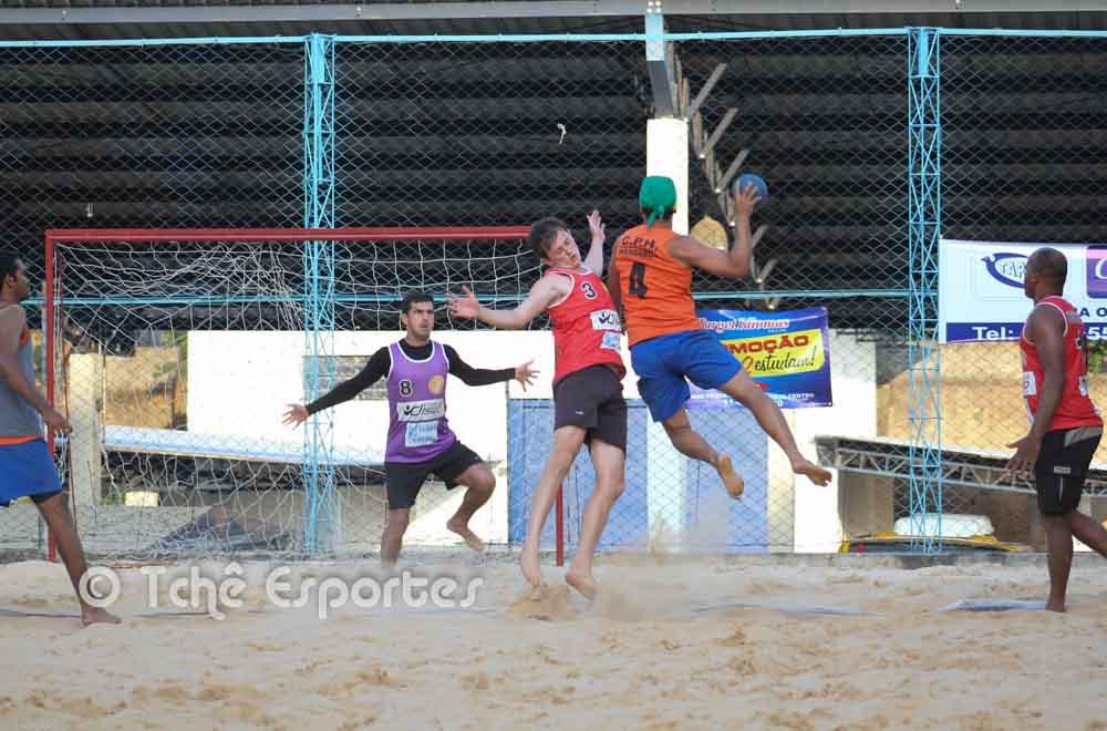 Joenito (4), CPH, fecha o placar. (foto André Pereira / Tchê Esportes)