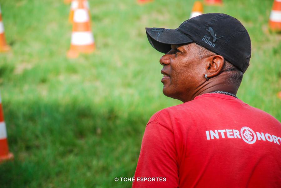 Gil, treinador e vice-diretor do Inter Norte. (foto André Pereira / Tchê Esportes)