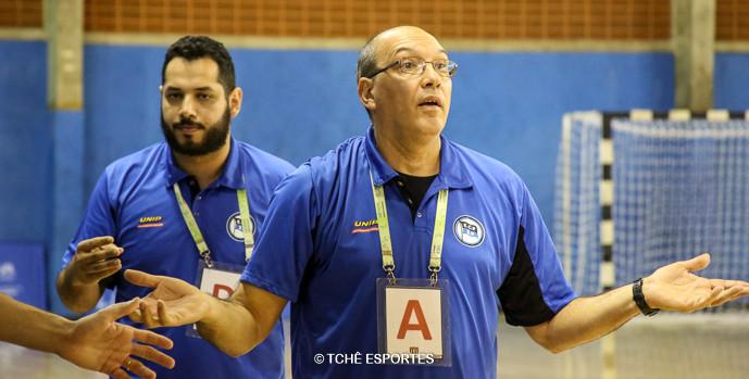 Sérgio Hortelan, técnico do Pinheiros. (foto André Pereira / Tchê Esportes)
