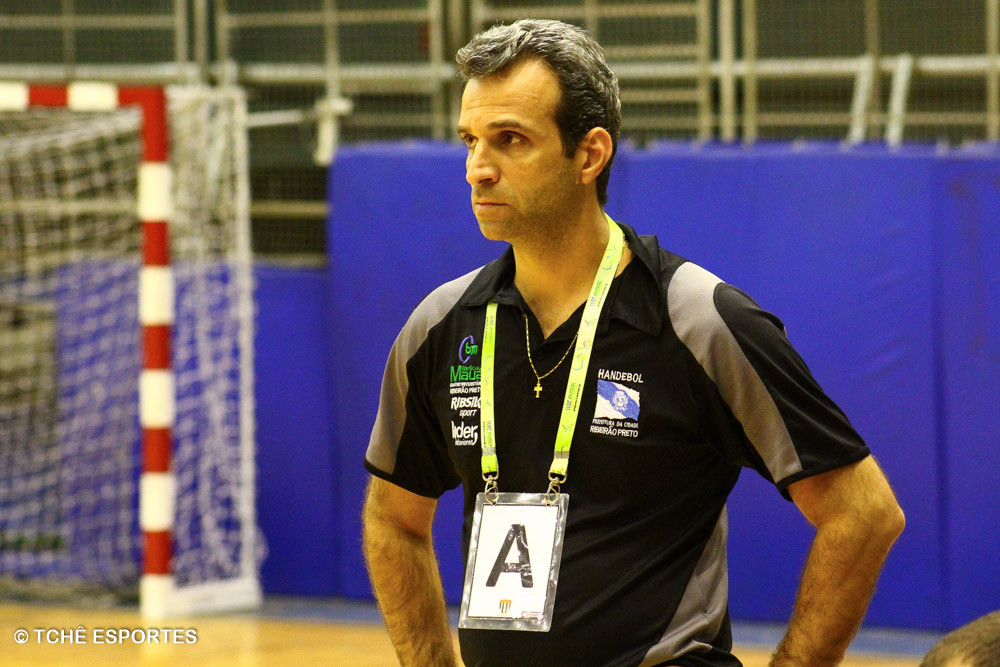 Miguel Jabur, técnico de Ribeirão Preto. (foto André Pereira / Tchê Esportes)