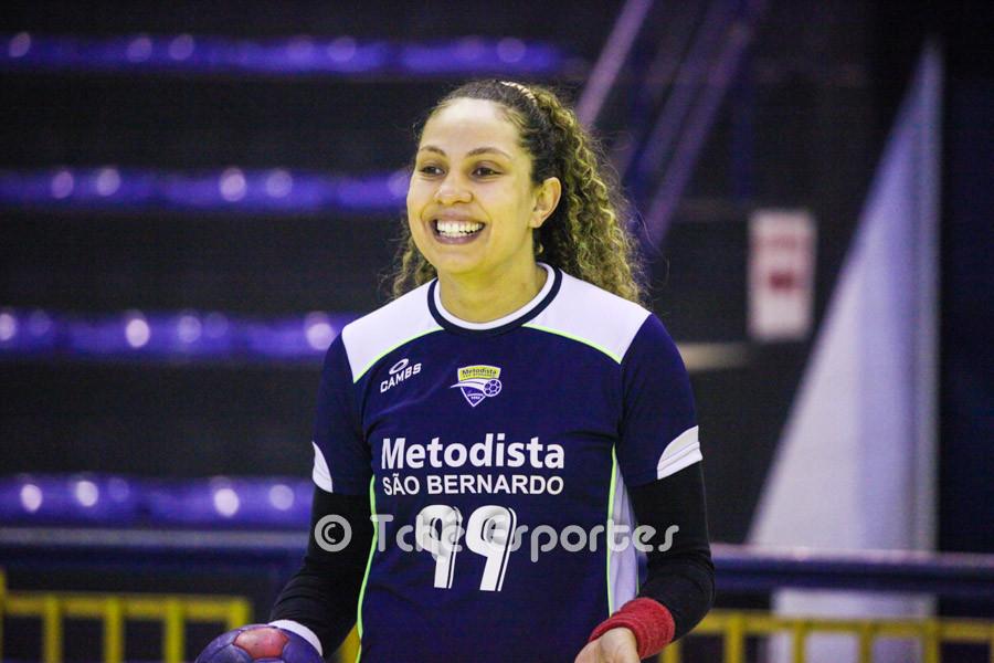 Regiane Silva, Metodista. (foto arquivo Tchê Esportes)
