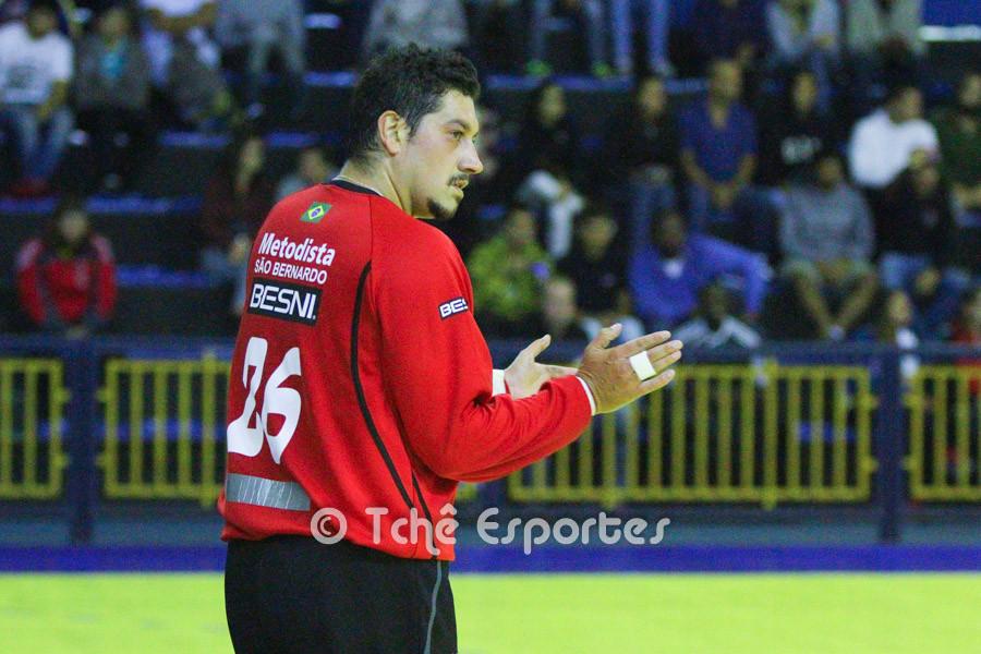 Leandro Barboza, goleiro da Metodista (foto arquivo Tchê Esporte)