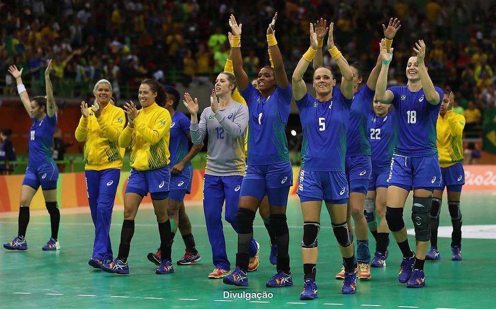Seleção Brasileira Feminina adulta no Rio 2016. (foto Divulgação)