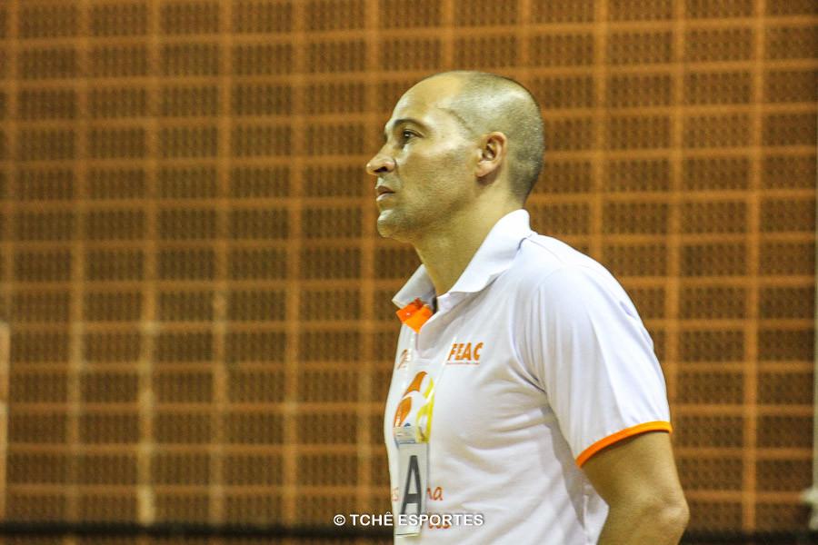 Denilson Seixas, técnico de Franca. (foto arquivo Tchê Esportes)