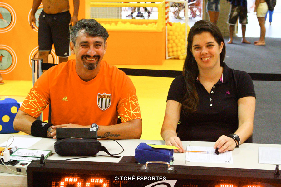 Claudia Mota, secretária e cronometrista. (foto André Pereira / Tchê Esportes)