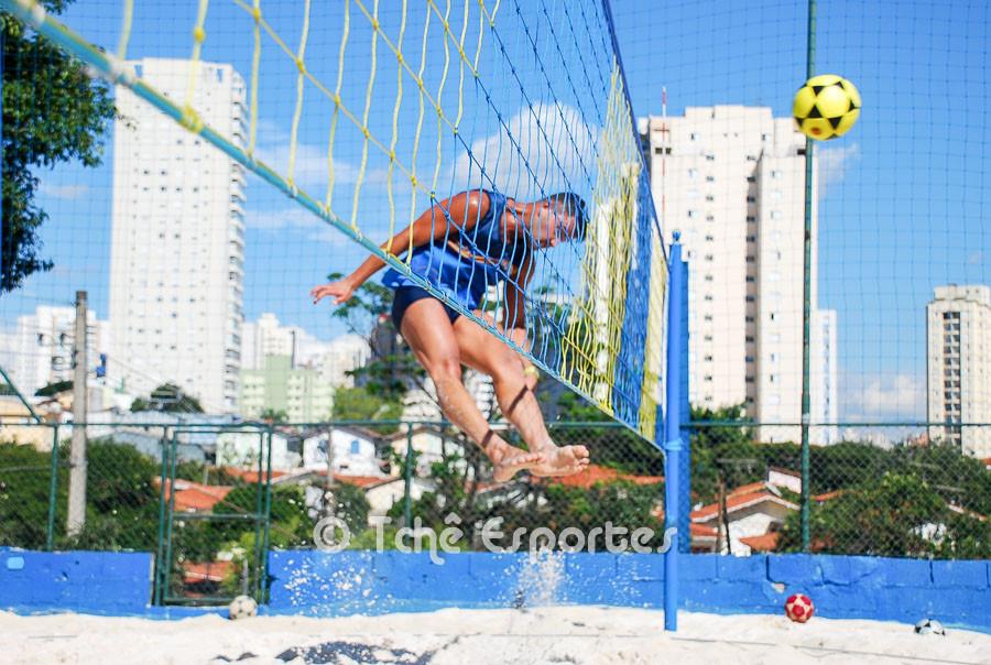 Fábio Tenório, força no ataque. (foto André Pereira / Tchê Esportes)