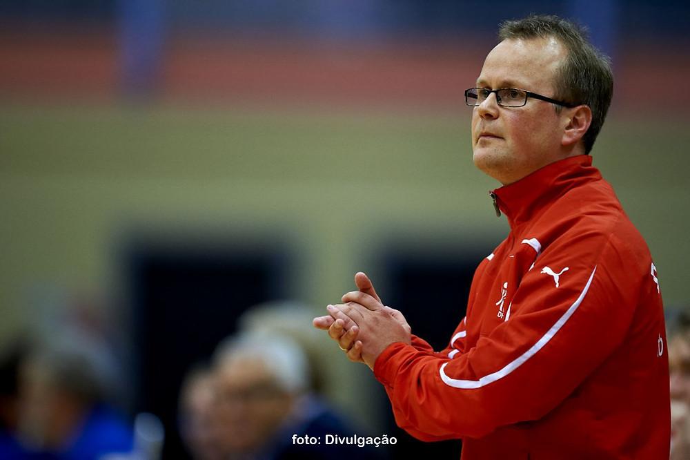 Claus Bjarke Hansen, técnico da seleção júnior masculina da Dinamarca. (foto Divulgação)