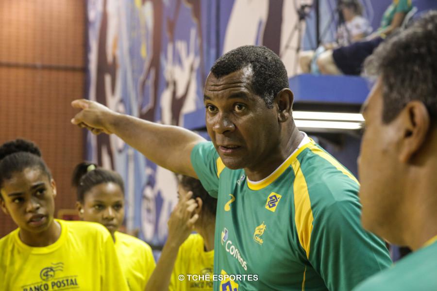 Daniel Suárez, técnico da Seleção Feminina Junior. (foto arquivo Tchê Esportes)