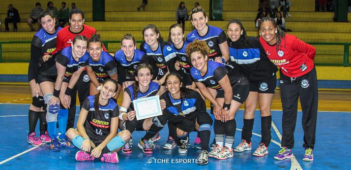 Equipe do Pinheiros. (foto Andréa Rodrigues /Tchê Esportes)