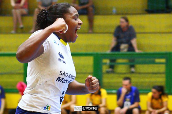 Mariane Fernandes, da Metodista. (foto André Pereira / Tchê Esportes)