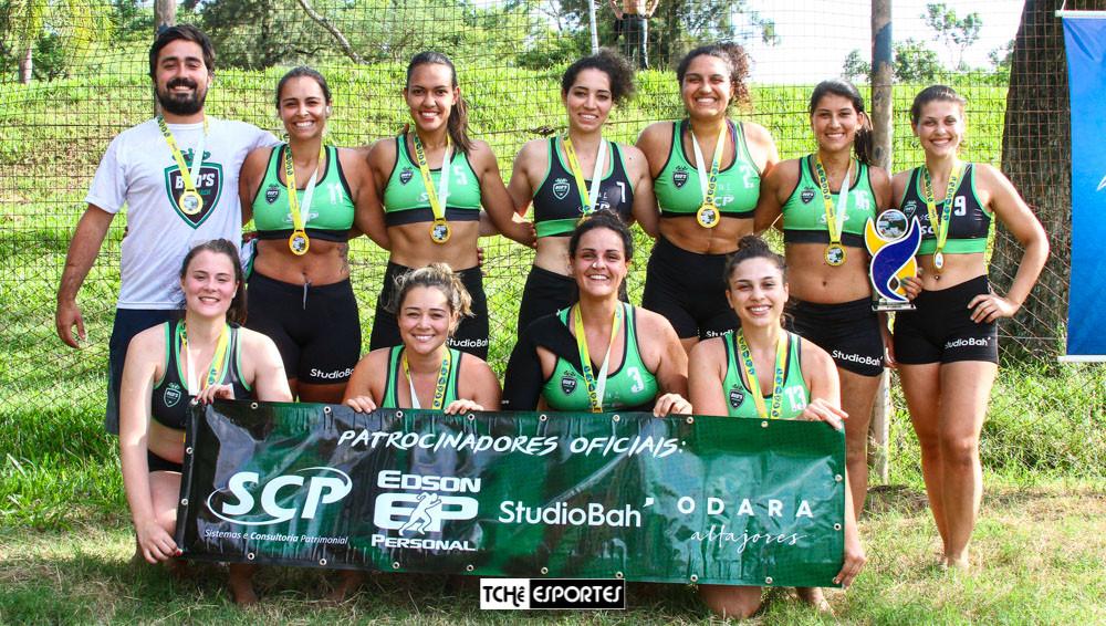 Bud's Handbeach, Campeão do naipe feminino - Copa PoA de Handebol de Areia. (foto André Pereira / Tchê Esportes)