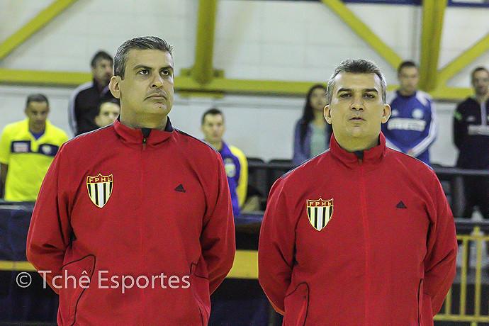 Árbitros: Cesar Barcellos e Marcelo Barcellos (foto André Pereira/Tchê Esportes)