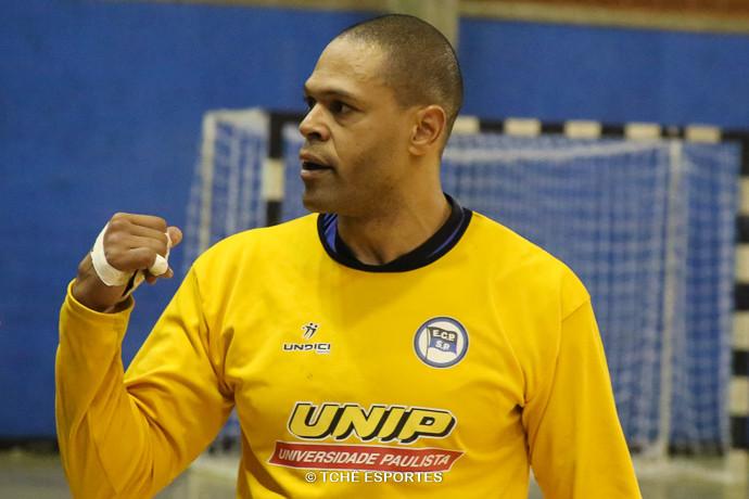 Marcão, goleiro do Pinheiros. (foto André Pereira / Tchê Esportes)