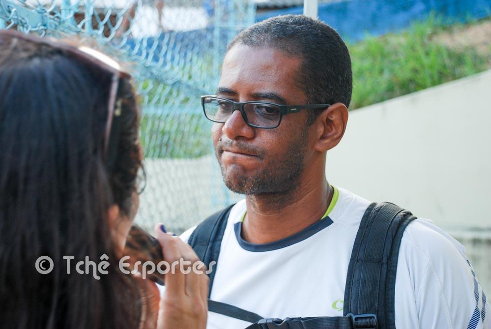 Fábio Marques, técnico do Guarujá (foto André Pereira / Tchê Esportes)