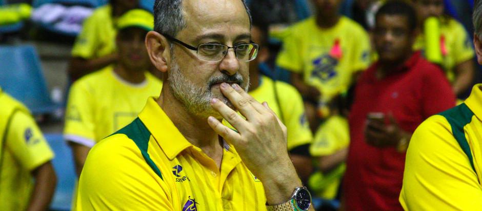 """""""Esses que estão aí, já são o futuro"""", diz técnico da Seleção Brasileira de Handebol"""