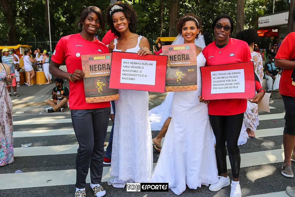 Manifestações no Dia da Consciência Negra. (foto Andréa Rodrigues / Tchê Esportes)