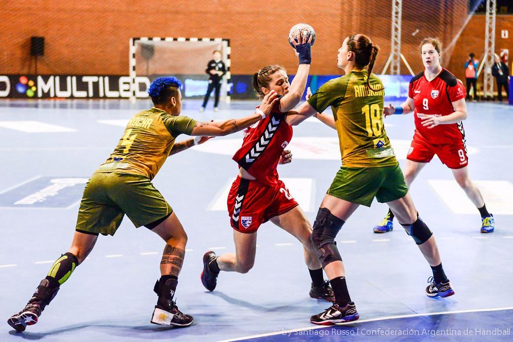 Brasil estreia com vitória no Pan. (foto Santiago Russo / PHF Handball)