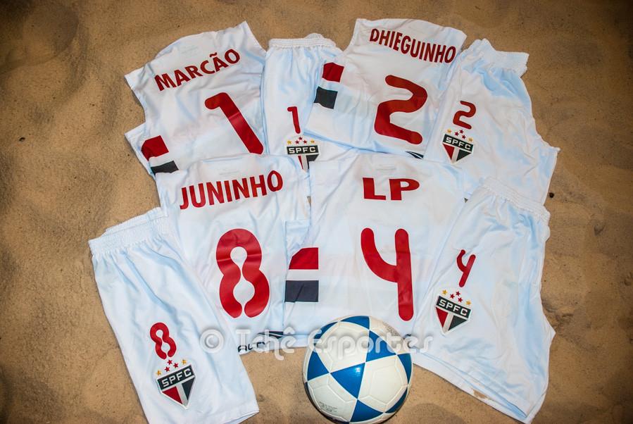 Os uniformes já estão prontos. (foto André Pereira / Tchê Esportes)