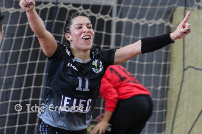 Mara Destro (ACH), artilheira do jogo. (Foto André Pereira / Tchê Esportes)
