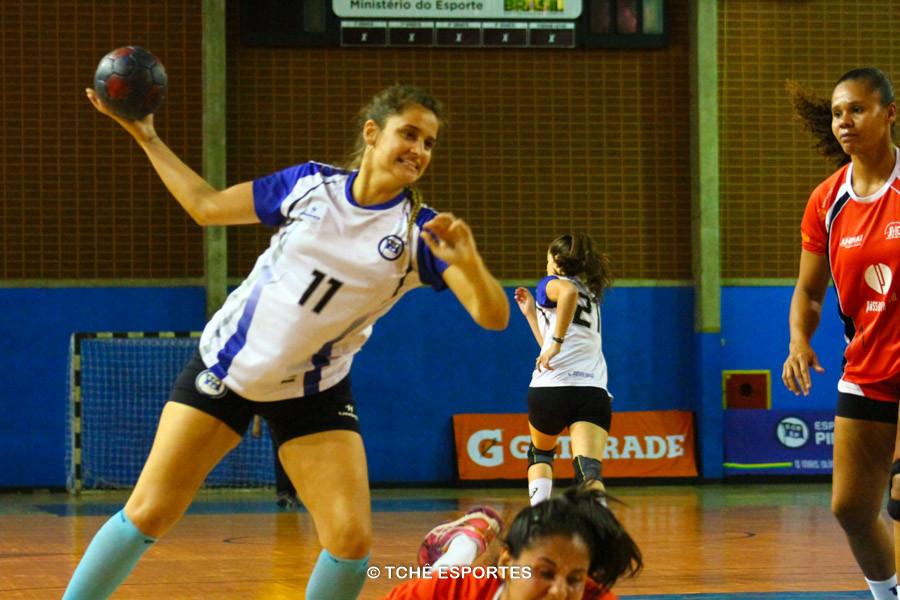 Handebol Pinheiros conquista vaga para semifinal. Foto: Marcio Rodrigues / Tchê Esportes
